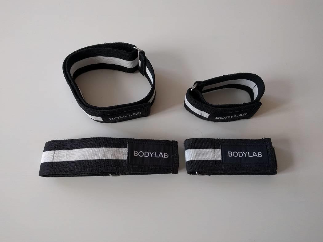 Bodylab sælger ikke kun kosttilskud, de laver også stropper til okklusion.