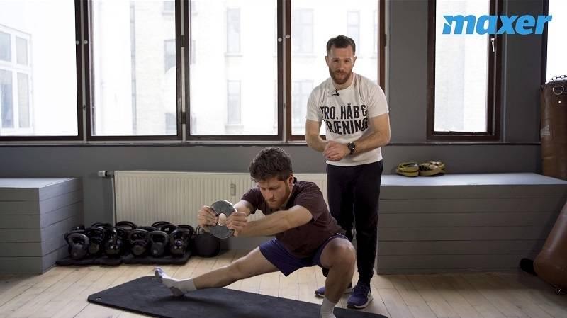 Cossack squat er en god øvelse for dine inderlår og lyske.