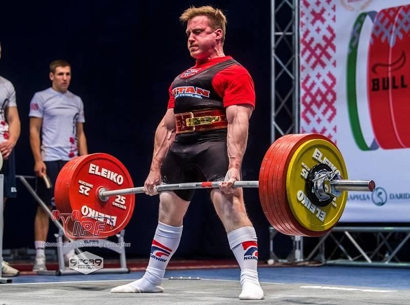 De bedste styrkeløftere og vægtløftere løfter både med ryggen og benene.