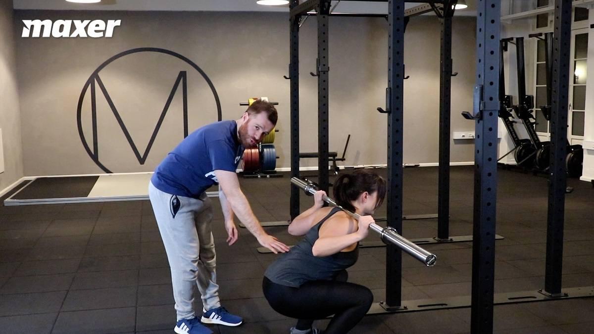 Bunden af en squatmorning er ligesom bunden af en almindelig squat.