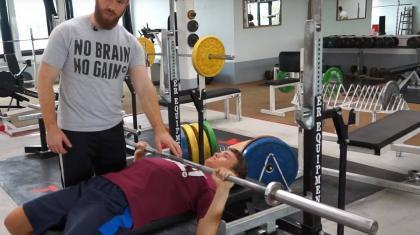 bryst øvelser styrke