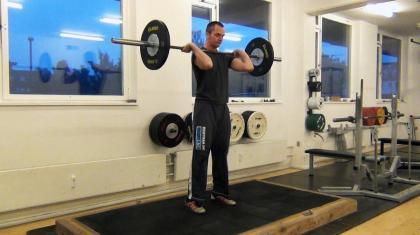 Frivend er en god øvelse til dig, der træner vægtløftning eller CrossFit.