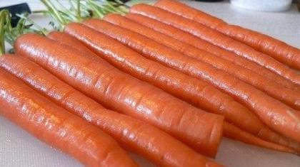På trods af sit høje glykæmiske indeks, er gulerødder en fornuftig fødevare.