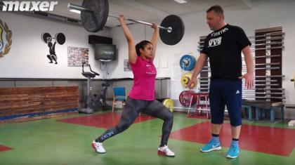 Stød (på engelsk clean & jerk) er en teknisk krævende øvelse fra vægtløftning.