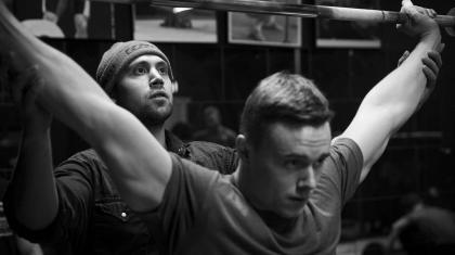 Erik Lau driver Weightlifting101 og er specialiseret i vægtløftning for crosfittere.