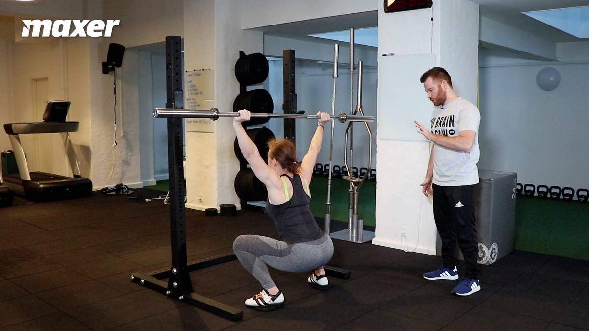 Overhead squat sætter store krav til din bevægelighed og balance.
